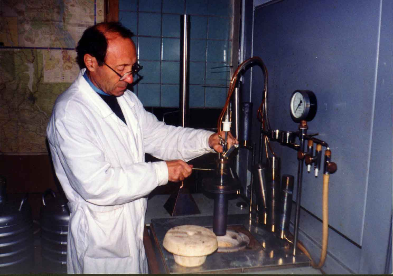 Suerc radiocarbon dating laboratory